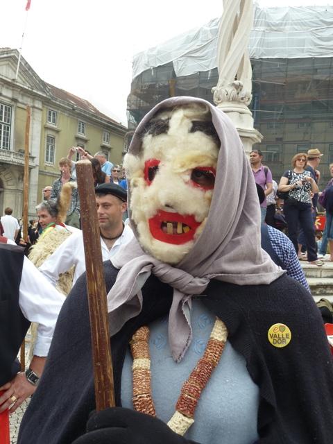 <!--:es-->Mascarada ibérica en Lisboa<!--:-->