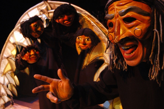 Tainahakã, a Estrela Vésper(2001). Cia. Manoel Kobachuk. Direção de Manoel Kobachuk.Foto de Sérgio Vieira.