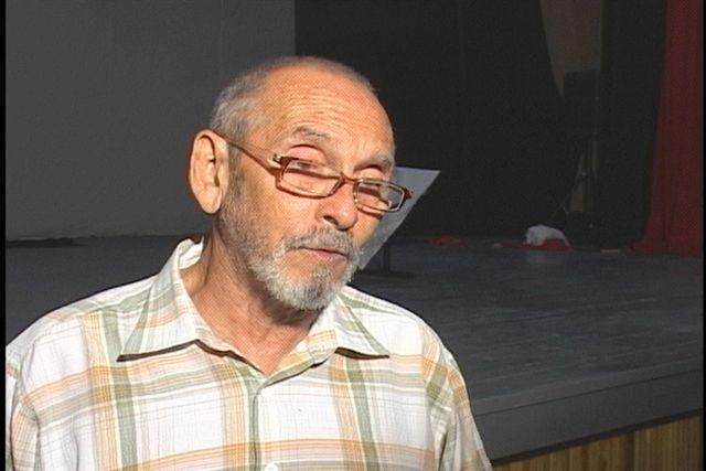 René Fernández, titiritero