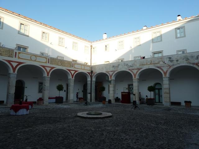 Claustro del Convento das Bernardas