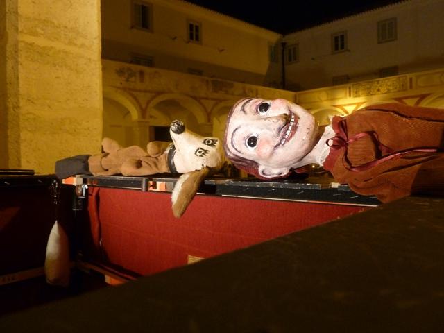 Follies de Putxinel·li, Lisboa