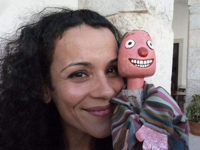Sara Henriques, Robertos