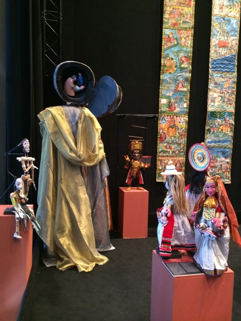 Exposición India, TOPIC, Teatro Valle-Inclán, Madrid