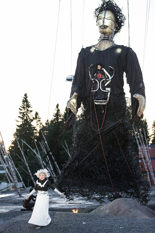 Elektra, La Fura
