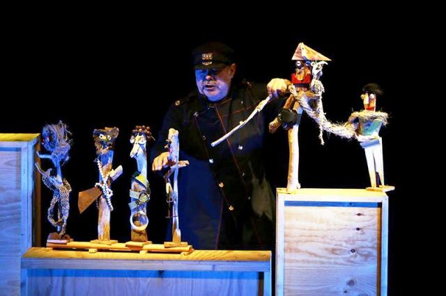Titirijai 2015, Teatro Arbolé