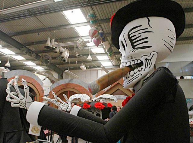 Figura del desfile Día de los Muertos, México