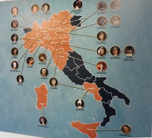 Exposición Le Strade di Pulcinella, Cordenons