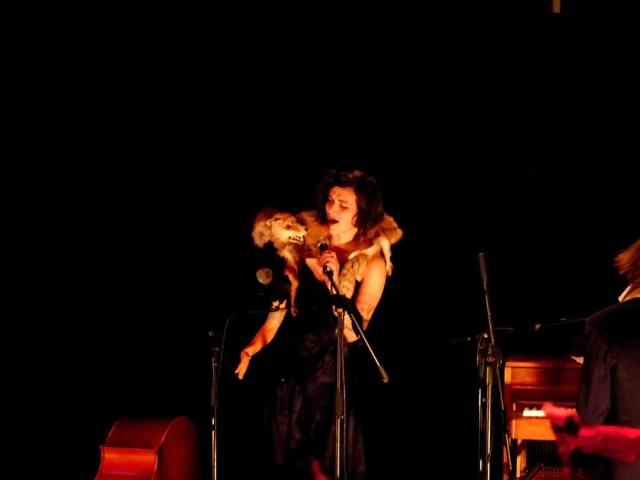 Peep Show, Naked Puppets. María Sola y el Zorro. Foto de Jesús Atienza.