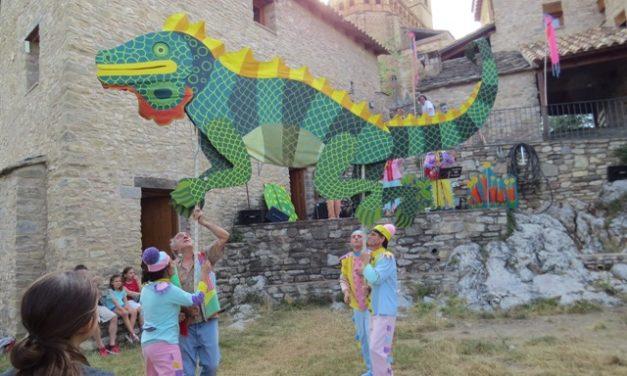 En marcha el 'País de Moñacos, el Festival de Teatro de Títeres de Aragón