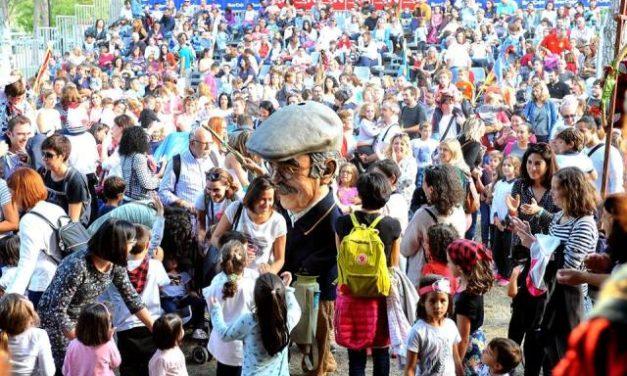 Parque de las Marionetas – Fiestas del Pilar – II – La Tía Elena, Periferia Teatro, Proyecto Caravana