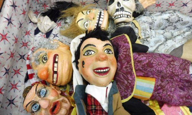 'Bajo la máscara', exposición sobre el rico patrimonio titiritero de Italia, por Walter Broggini y Orto Teatro