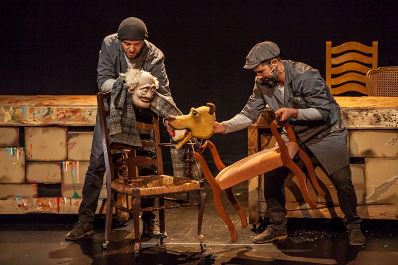 'Juego de Sillas': una reflexión sobre el lugar que ocupamos, por Irma Borges