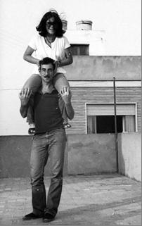 La imagen tiene un atributo ALT vacío; su nombre de archivo es Paca-y-Aniceto-en-1977.png