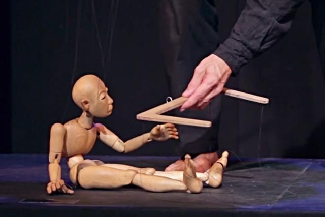 METAMORPHOSIS, el buen hacer titiritero de Bernd Ogrodnik, autor de las marionetas de STRINGS