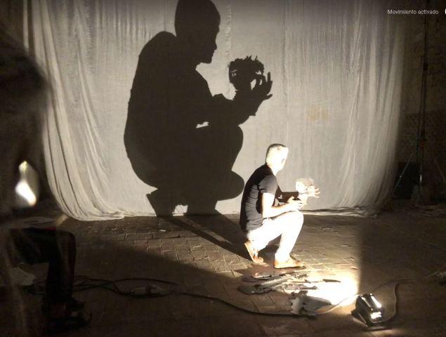 """III ESCUELA DE OTOÑO del TOPIC: """"Luz, Sombras, Hombres"""" – Cuando la Juventud reinventa el patrimonio: Hacia el moderno teatro de sombras. Curso con Fabrizio Montecchi"""