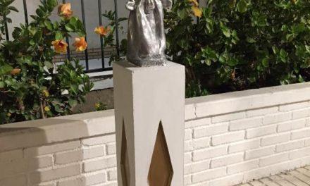 Nueva escultura de Peneque el Valiente en La Herradura, Granada