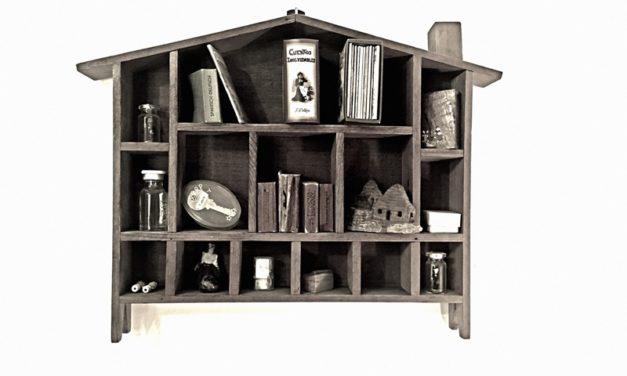 Casa y teatro de objetos: intimidad del espacio doméstico en tiempos de guardar distancia, por Shaday Larios